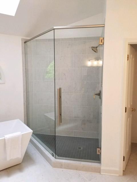 38-Binswanger Glass Shower Bath Enclosures (4)