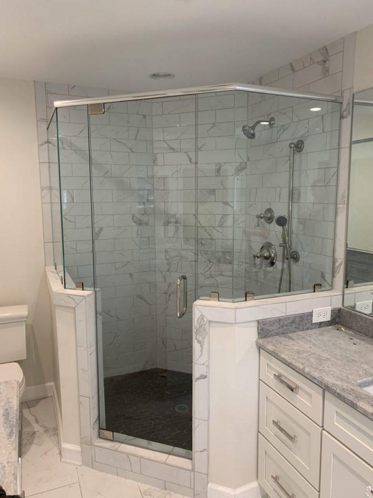 48-Binswanger Glass Shower Bath Enclosures (17)