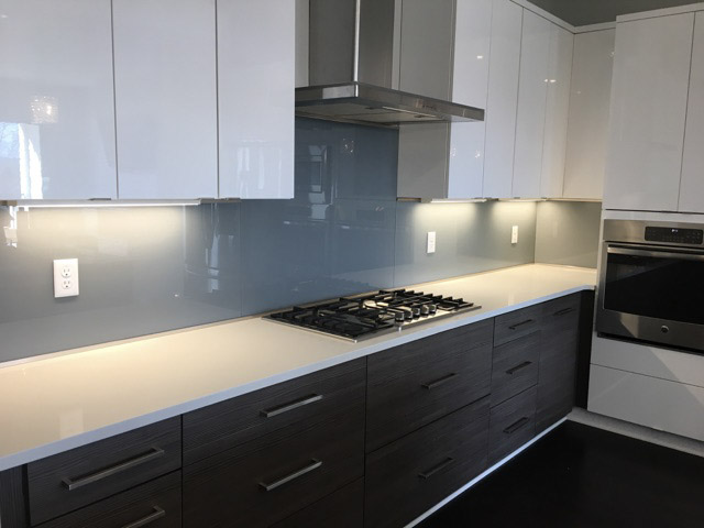 Binswanger Glass Kitchen Backsplash
