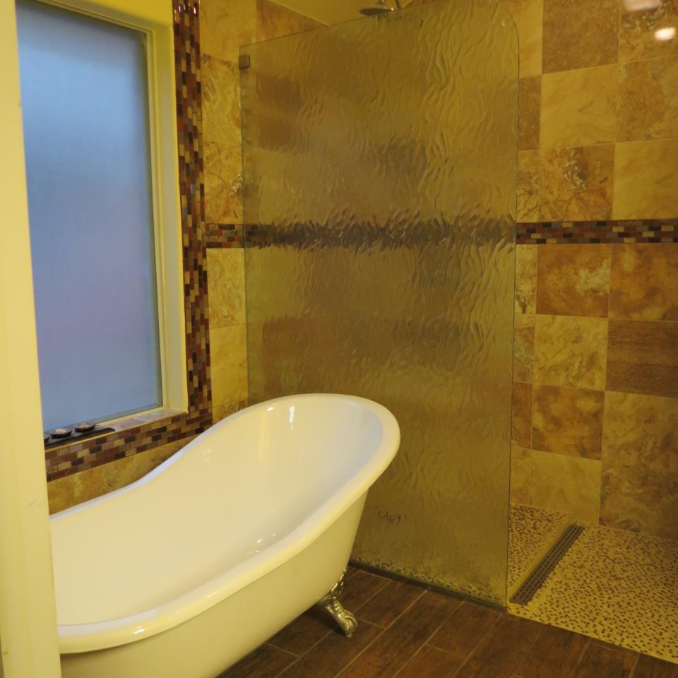 Binswanger Glass - Shower Screen