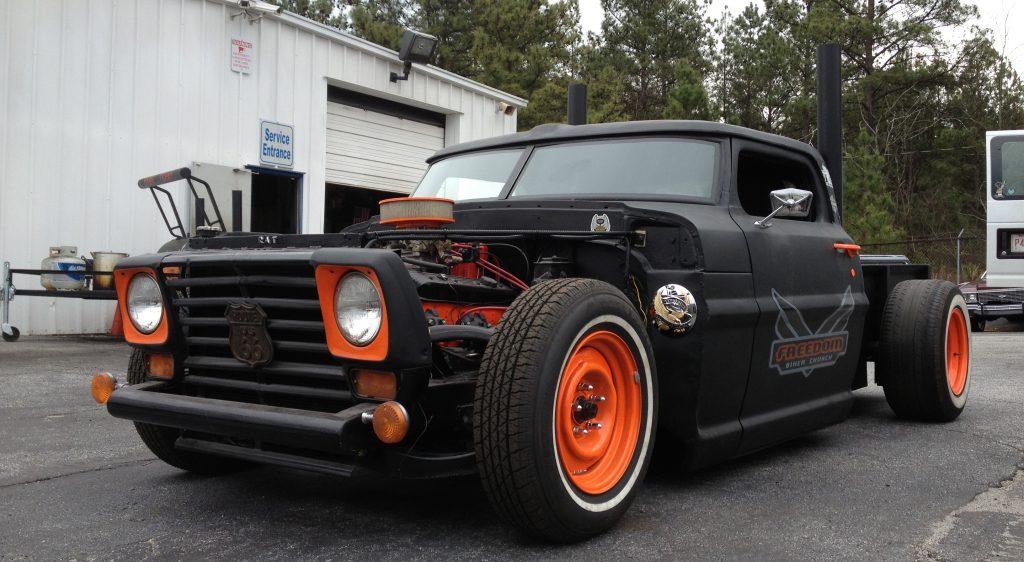 Muscle Cars, Classics & Hot Rods